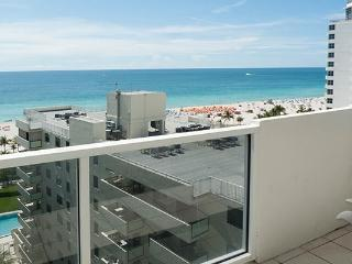 The Decoplage Strategically located in the heart of South Beach - Miami Beach vacation rentals