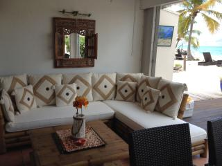 Sunny Island Villa - Baie Nettle vacation rentals