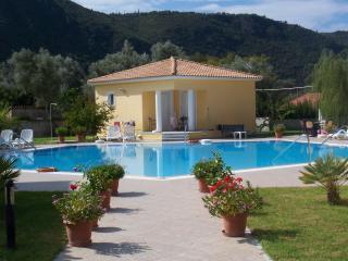 Iliaktida  (Sunray)  Agios Ioannis Lefkada - Vasiliki vacation rentals