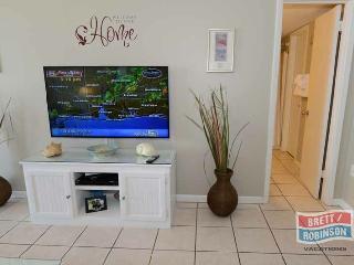 PHOENIX EAST 1 BEDROOM / 1 BATH 4TH FLOOR UNIT 402 - Alabama vacation rentals