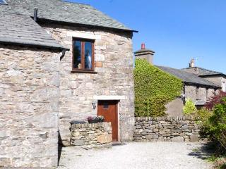 THE BYRE romantic retreat, lovely countryside near Cartmel Ref 905180 - Lake District vacation rentals