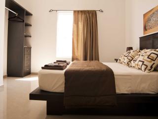 Casa Felicidad B&B Room Caribe  :-) - Playa del Carmen vacation rentals
