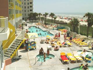 Awesome Oceanfront 1Bedroom Condo Sleeps 8. - North Myrtle Beach vacation rentals