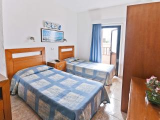 Great studio with balcony near the beach - Las Palmas de Gran Canaria vacation rentals