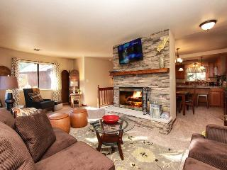 Bear Escapes - Affordable Luxury! Pool Table! BBQ! - Big Bear City vacation rentals