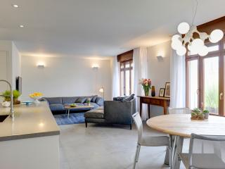 A stunning designed apartment with 2 balconies - Gedera vacation rentals