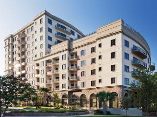 Wyndham La Cascada Luxury Condo - Image 1 - San Antonio - rentals