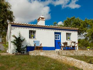 Cottage Monte Varandas (Esperança) - Mosteiros vacation rentals