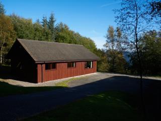 Superior Lodge No 4 - Drumnadrochit & Loch Ness. - Drumnadrochit vacation rentals