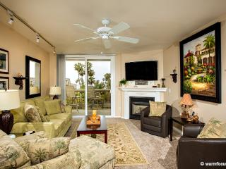 Palm Breezes~Luxury 3BR Ocean/Harbor View Penthous - Oceanside vacation rentals
