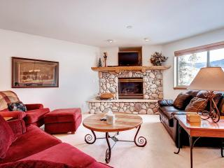 LOOKOUT RIDGE Dog-Friendly 3 Bed/4 Bath Townhome with Garage and W/D, Located Near Ski Areas - Dillon vacation rentals