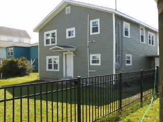 Classic Cherry Grove Beach House - North Myrtle Beach vacation rentals