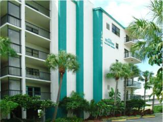 Family Beachfront condo in Madiera Beach florida - Treasure Island vacation rentals