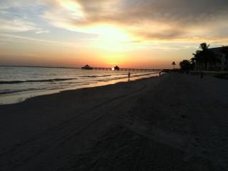 Fort Myers Beach Bay Side Condo. Overlooks Pool. - Fort Myers Beach vacation rentals