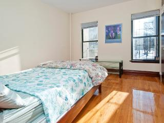 Beautiful Room Mins to Times Square - Yonkers vacation rentals