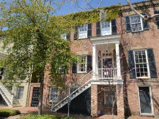 Pulaski's Parlor: An exquisite vacation rental home - Savannah vacation rentals