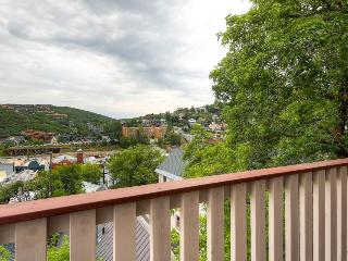 Condo for 6; walk to Park City Mountain Resort - Park City vacation rentals