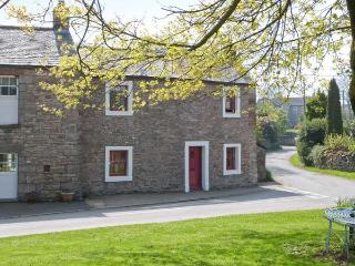 CORNER COTTAGE, stone-built, end-terrace, character features, woodburner, enclosed lawned garden, in Great Strickland, Ref 90560 - Penrith vacation rentals