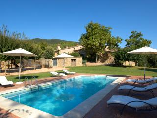 Idyllic apartment with pool and views near Girona - Province of Girona vacation rentals