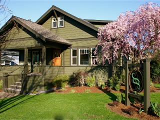 Oberon -Second Spring Property 1-3 Bedroom Luxury - Southern Oregon vacation rentals