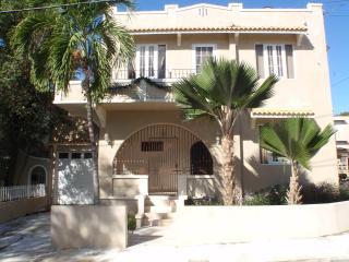 Villa Elena Luxury Apt in Ocean Park, San Juan - San Juan vacation rentals