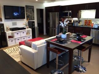 5 Star 1Bed Modern Getaway w/Patio, Fountain & BBQ - Los Angeles vacation rentals