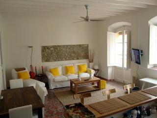 Apartment in the Historical Center of Ibiza Town - Ibiza vacation rentals