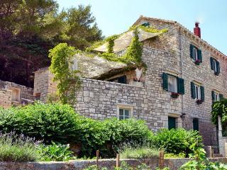 Villa Povlja - Apartment Sea for 4 persons - Sumartin vacation rentals