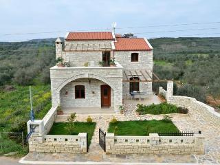 4 Bedroom Villa in Rethymno - Crete - Melidoni vacation rentals