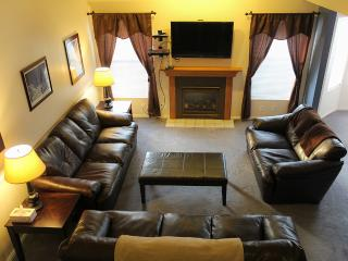 Spacious Condo at the Base of the Wasatch Mtns - Utah Ski Country vacation rentals