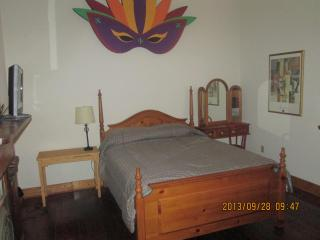 Very Nice Space In Garden District - New Orleans vacation rentals