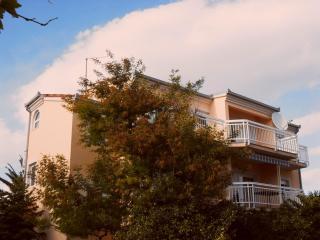 Lovely apartment for 4+2 near Trogir - Kastel Stafilic vacation rentals