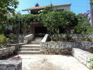 Holiday house- 50 m from beach - Okrug Gornji vacation rentals