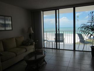Beautiful views from 18th floor condo with free WIFI - Marco Island vacation rentals
