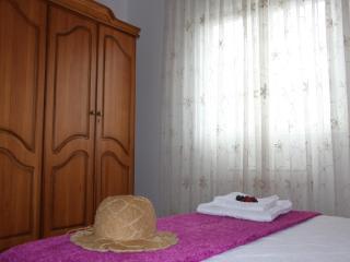 La Casa de Leo Bed&Breakfast - Villafranca del Bierzo vacation rentals