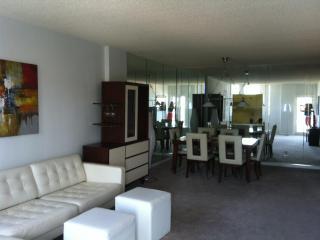 Sunny Isles Great Apartment 2/2 - Sunny Isles Beach vacation rentals