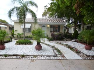 Stylish House in Hollywood - Hollywood vacation rentals