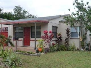 By Gvaldi - Miami Shores 2/1 - Coconut Grove vacation rentals