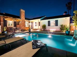 La Palmas Escape-private pool & spa, private yard, steps to Windansea - La Jolla vacation rentals