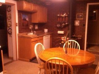 Ione Vacation Rental Cottage in Amador County - Ione vacation rentals