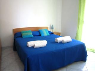 Comfortable apartment in the Center & near the Sea - Marsala vacation rentals