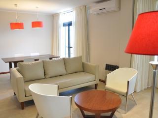 11 Peyret Apart - 3 ambientes - Litoral vacation rentals