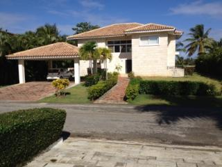 Four Bedroom Villa  to Rent in Cocotal Golf Club - Bavaro vacation rentals