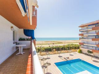 FRONT LINE APARTMENT IN ARENYS DE MAR - Arenys de Mar vacation rentals