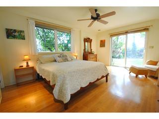 Charming Beach House, easy walk to the beach! - Paia vacation rentals