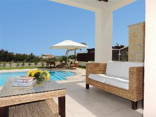 Vacation Rental in Latchi