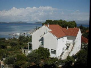 Apartmani Zlarin - Northern Dalmatia vacation rentals