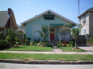 Luxurious Home Close To The Beach & Pleasure Pier - Galveston vacation rentals