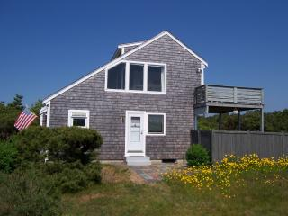 Relaxing Summer Home, walk to private beach - Truro vacation rentals