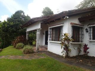 NEW LISTING - Casa Paraíso - Comfortable Private with Lake View - Nuevo Arenal vacation rentals